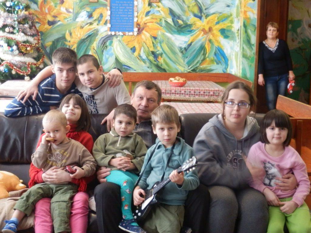 все дети детского дома